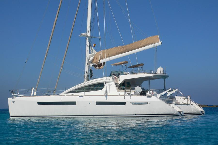 Catamaran: Privilege 615